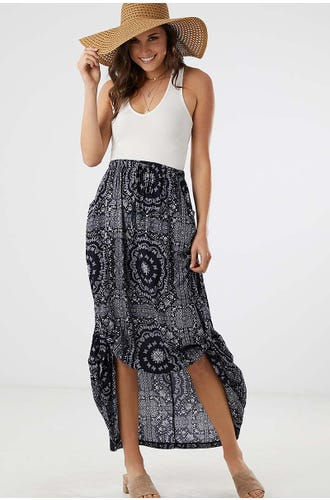 BANDANA PRINT SIDE TAB MAXI SKIRT