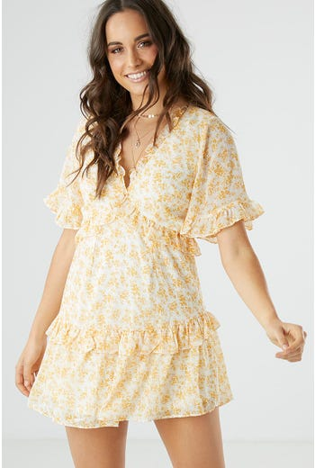 BELL SLEEVE FLIRTY FLORAL DRESS