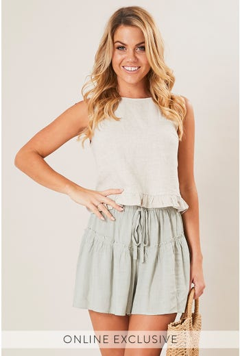 TEXAS FRILL DETAIL SHORT