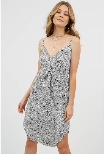 CURVED HEM GEO PRINT MIDI DRESS