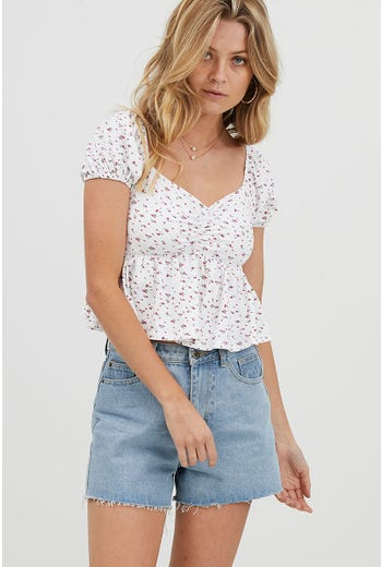 FLORAL PUFF SLEEVE FLARE HEM TOP