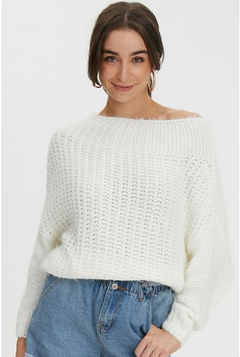 FLUFFY OFF SHOULDER KNIT
