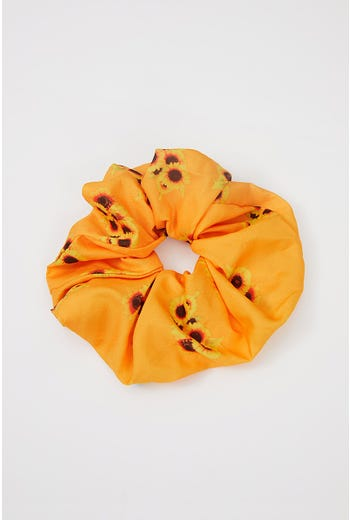 NYLA ROSE LARGE FLORAL PRINT SINGLE SCRUNCHIE