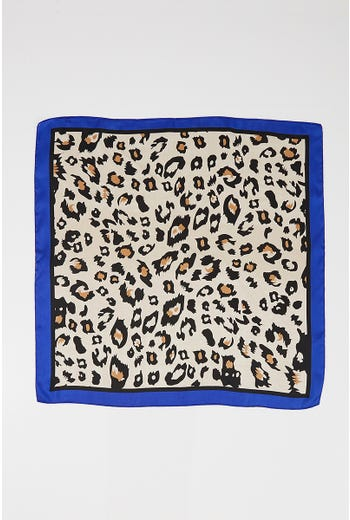 NYLA ROSE LEOPARD PRINT LIGHT SCARF