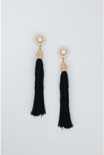 NYLA ROSE PEARL AND TASSEL EARRING