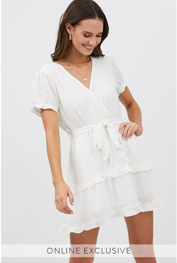 RUFFLE HALF SLEEVE DRESS