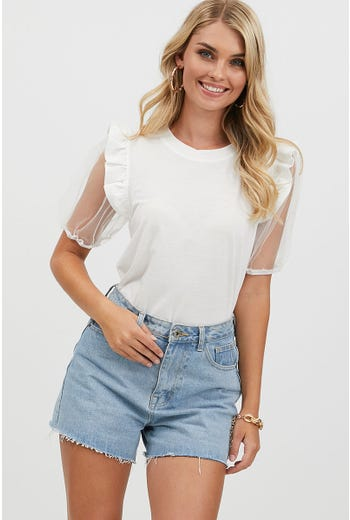 RUFFLE PUFF SLEEVE TOP