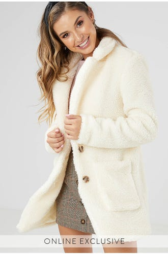 TEDDY BUTTON COAT